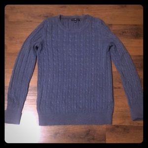 EUC Gap Sweater. Crew neck. Blue/Gray. Size M.